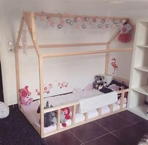 Cabane Chambre Enfant : lit cabane esprit montessori choisir lit cabane chambre enfant ~ Teatrodelosmanantiales.com Idées de Décoration