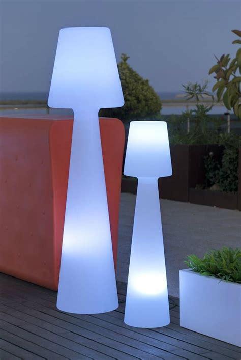 luminaire exterieur design ladaire exterieur design 42 id 233 es lumineuses archzine fr