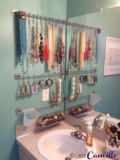 trending  bathroom decor stylish jewelry stands
