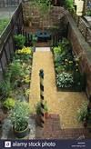 Design Alan Titchmarsh Small Narrow Town City Garden With design garden small town
