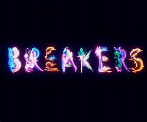 Spring Breakers title sequence is a marine dream