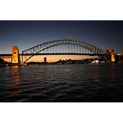 Sydney - City and Suburbs: Harbour Bridge sunset