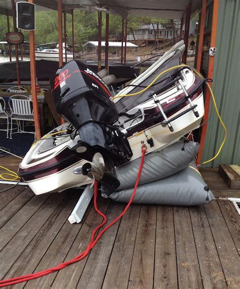 Crash Valves Boat lightning strikes bass boat crashes into dock at 31mm