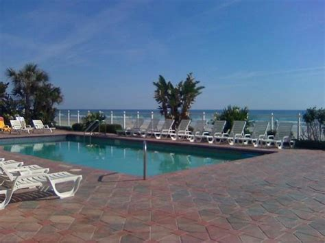 deck daytona shores trop seas oceanfront deck picture of days inn daytona
