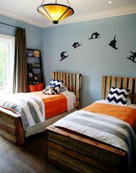 chambre enfant palette 12 lits et meubles de chambre r 233 alis 233 s 224 partir de