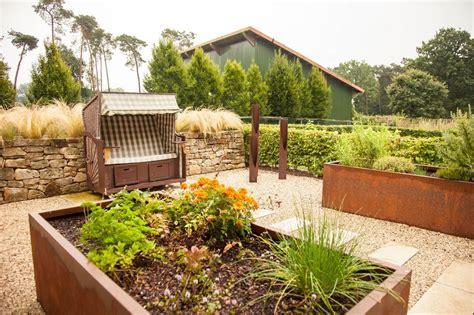 Anlegen Eines Hochbeets  Gartentipps Von Galanet