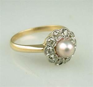 Vintage Pearl Wedding Rings: Old but Very Chic | iPunya