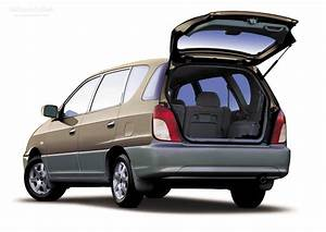 2002 Kia Carens  U2013 Pictures  Information And Specs