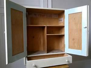 Petite armoire murale bois 43688 armoire idees for Delightful meuble haut cuisine vitre 9 armoire murale en bois blanc portes vitrees campagne et