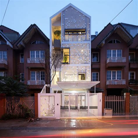 Contemporary Cocoon House by Unique Concrete Blocks In Cocoon Home S Facade In