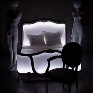 Pied De Lit Lumineux : lit lumineux a led poesy meuble design lumineux ~ Melissatoandfro.com Idées de Décoration