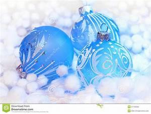 Boule De Noel Bleu : decoration de noel bleu ~ Teatrodelosmanantiales.com Idées de Décoration