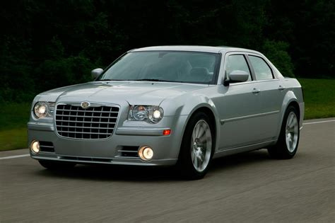 2007 chrysler 300c srt8 review top speed