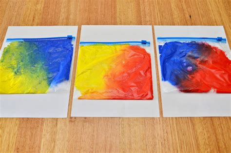 Learning About Colour Mixing With Mix It Up