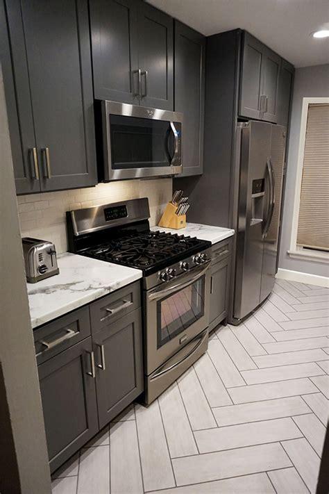 buy shaker gray rta ready  assemble kitchen cabinets
