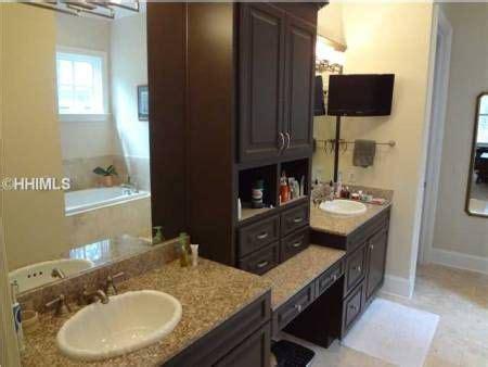 backsplash tile ideas for bathroom best 25 cabinets bathroom ideas on