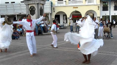 10 songs for your playlist. Traditional Dancing in Cartagena, Colombia -- Cumbia - YouTube