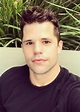 Charlie Carver Height, Weight, Age, Body Statistics ...