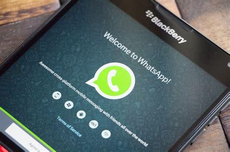 new update to whatsapp s bb10 app brings web link previews gsmarena