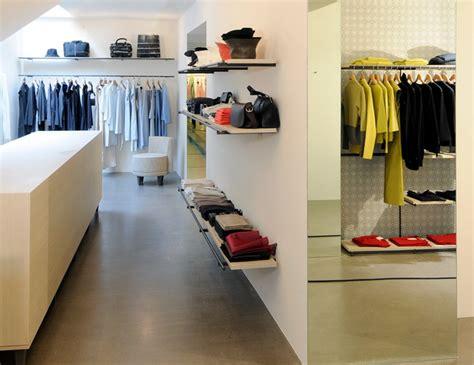kleiderstangen für die wand metall werk z 252 rich ag verkaufsregale und umkleidekabinen