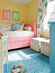 Lit Jeune Fille : 1001 id es peinture chambre fille variez les palettes ~ Teatrodelosmanantiales.com Idées de Décoration
