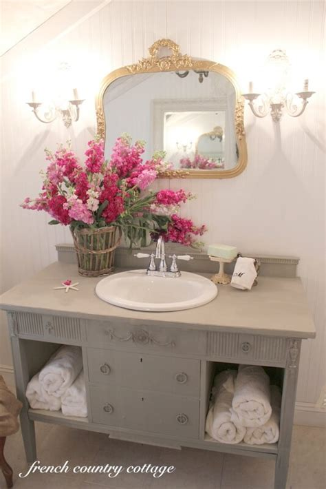 lovely shabby chic bathroom decor ideas