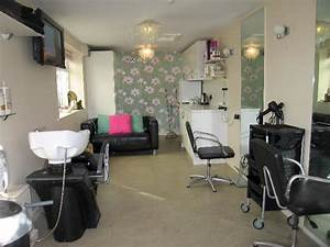 Garage Salon : 4 bedroom house for sale in gorton road willerby hu10 6lt hu10 ~ Gottalentnigeria.com Avis de Voitures