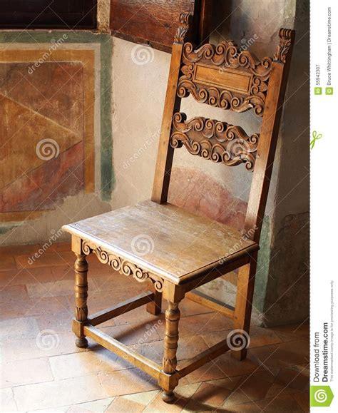chaise romaine a vendre chaise en bois antique villa image stock image 55942307