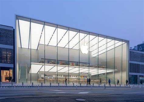 Photos Of The West Lake Apple Store In China