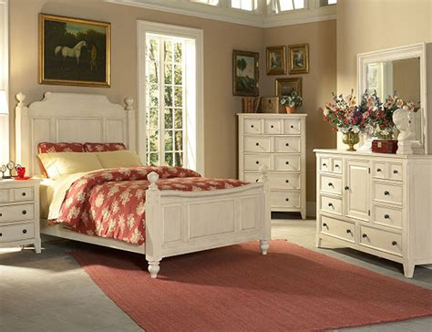 Country Cottage Style Bedrooms