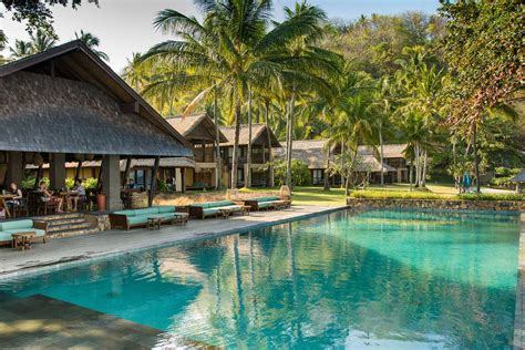 Luxury Beachfront Resort Pictures