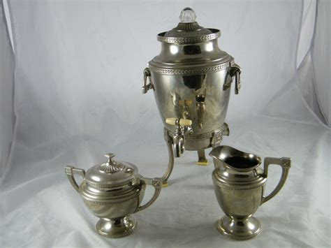 Vintage Universal Silverplate Coffee Urn / Percolator Cool Coffee Tables To Build Brazilian Wiki Cups On Sale Road 9 Nespresso Pod Holder Argos Pods Price Uk Nutritional Information Regions