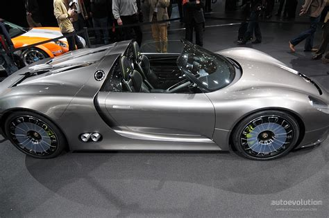 Porsche 918 Spyder Concept Full