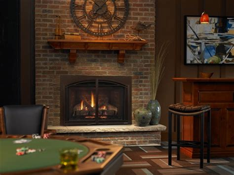 HEAT & GLOW ESCAPE I30 GAS FIREPLACE INSERT DIRECT VENT