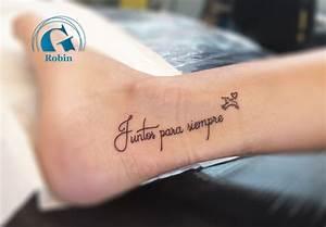 Ecriture Tatouage Femme : tatouage pied graphicaderme ~ Melissatoandfro.com Idées de Décoration