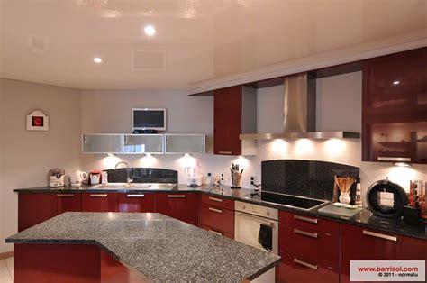application cuisine cuisine le plafond tendu barrisol dans votre cuisine