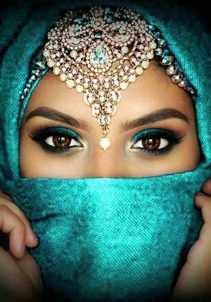 attractive eye shape    girlsaskguys