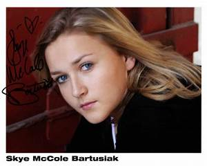 Skye McCole Bartusiak Dies; Actress Was 21 - The Hollywood ...