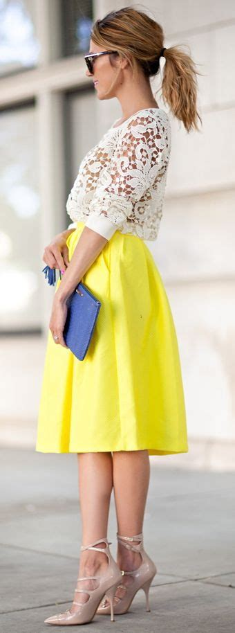 Yellow Outfit Ideas for Summer 2018 | FashionGum.com