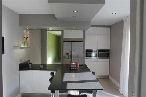 faux plafond cuisine spot faux plafond de plâtre pour la décoration de cuisine