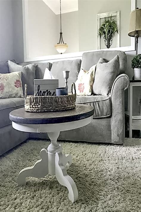 Farmhouse coffee table diy plans from farmhouse on boone. DIY Pedestal/Round Coffee Table- Farmhouse Style! A Full Tutorial! -   Round coffee table living ...