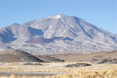 Cerros de Incahuasi Mountain Information