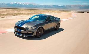 Ford Mustang Shelby Gt350 : 2018 ford mustang shelby gt350 gt350r engine and transmission review car and driver ~ Medecine-chirurgie-esthetiques.com Avis de Voitures