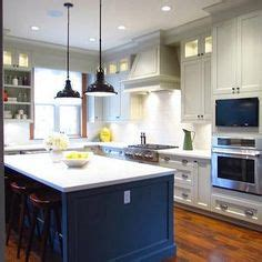 cheep kitchen cabinets this kitchen island is bold and sophisticated with 2134