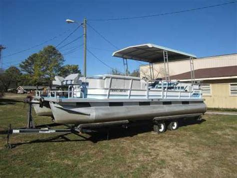 Hard Top Pontoon Boat by Info On A 14 16 Foot Hardtop Aluminum Boat Page 1
