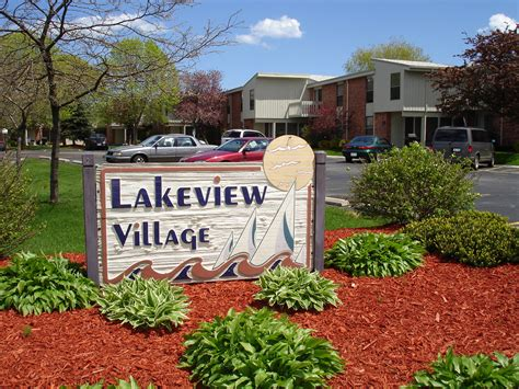 lakeview village apartments bieck management