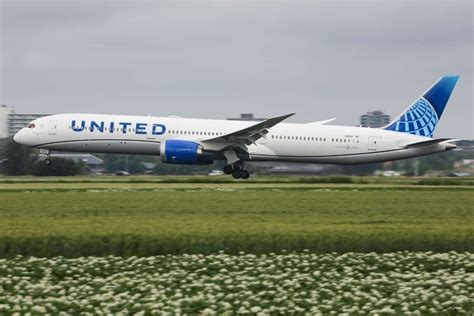 United Airlines Is Eliminating Change Fees For Good - Air ...