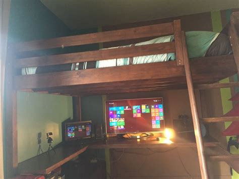 les concepteurs artistiques mezzanine 2 places escalier