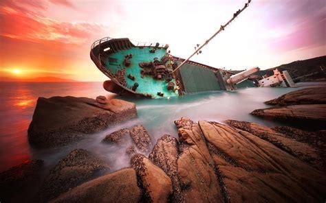 Desktop Wallpaper by Sunset Shipwreck Abandoned Broad Sea Rocks Desktop