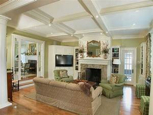 21 green living room designs decorating ideas design for Green traditional living room